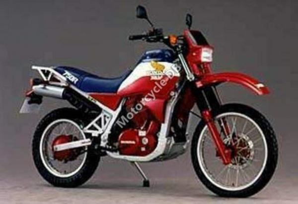 Honda XLV750R (reduced effect)
