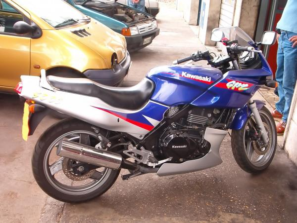 1987 Kawasaki GPZ1000RX (reduced effect)
