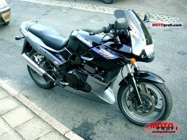 1989 Kawasaki GPZ500S (reduced effect)