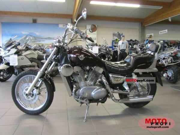1990 Kawasaki VN-15SE (reduced effect)