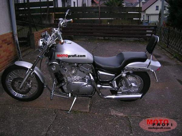 1991 Kawasaki VN-15SE (reduced effect)