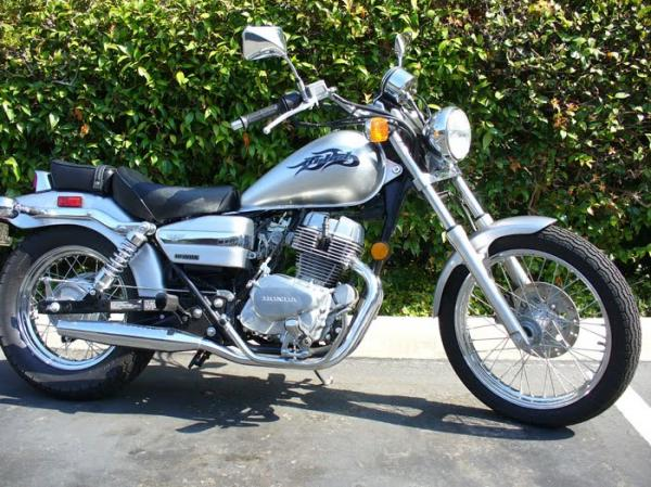 1989 Kawasaki VN750 Twin (reduced effect)