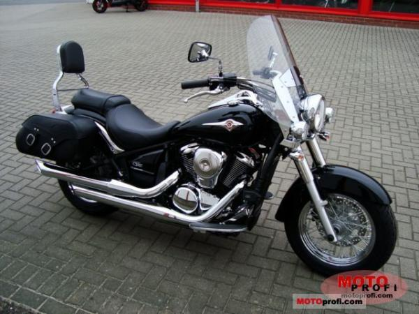 2011 Kawasaki VN900 Light Tourer