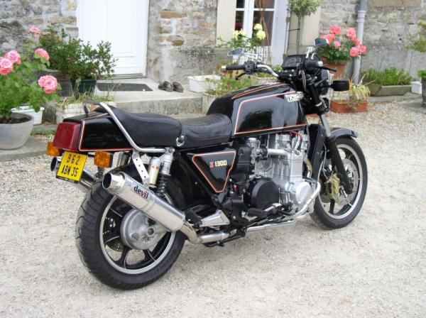 Kawasaki Z1300 (reduced effect) 1982 #1