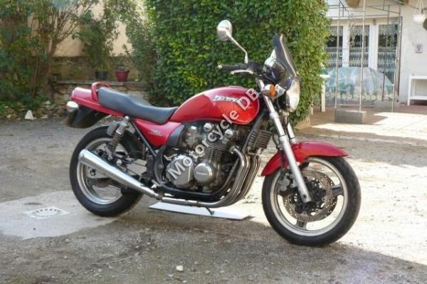 1991 Kawasaki Zephyr 750 (reduced effect)