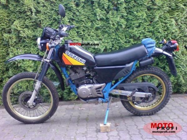 1987 Suzuki DR 600 S (reduced effect)