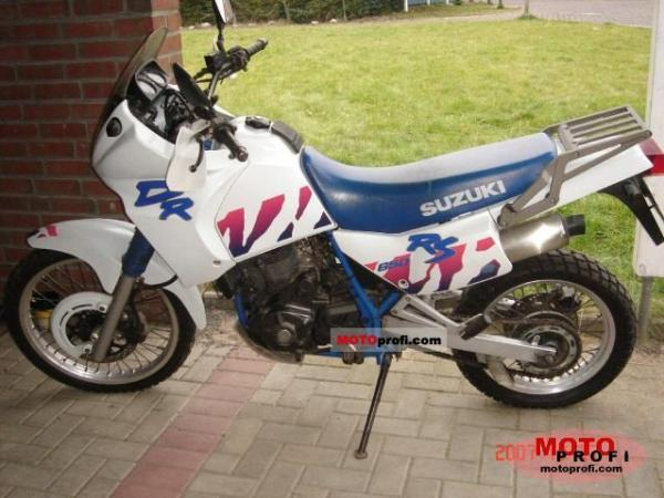 1991 Suzuki DR 650 RS (reduced effect)
