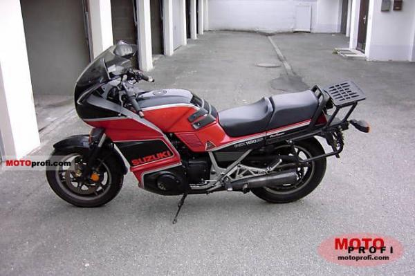 1987 Suzuki GSX 1100 EF (reduced effect)
