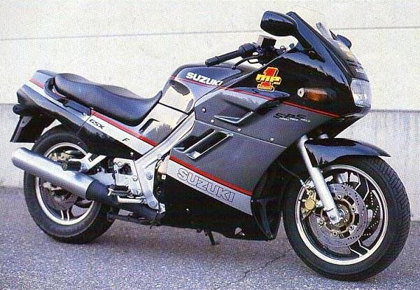 1990 Suzuki GSX 1100 F (reduced effect)