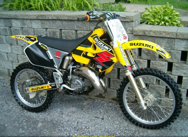 Suzuki GT 250/X 7 E (cast wheels)