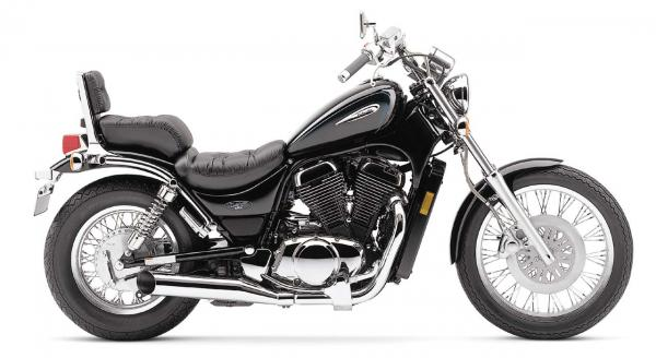 Suzuki VS 800 Intruder