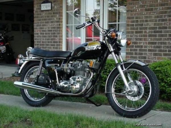 Triumph Trident 750 (reduced effect)