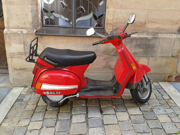 Vespa Cosa 200 GS: people like it!