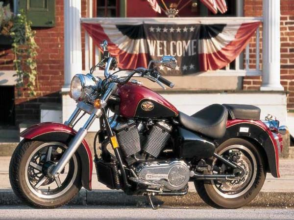 Victory V92C, a real American cruiser