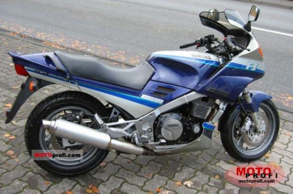 1990 Yamaha FJ 1200 (reduced effect)