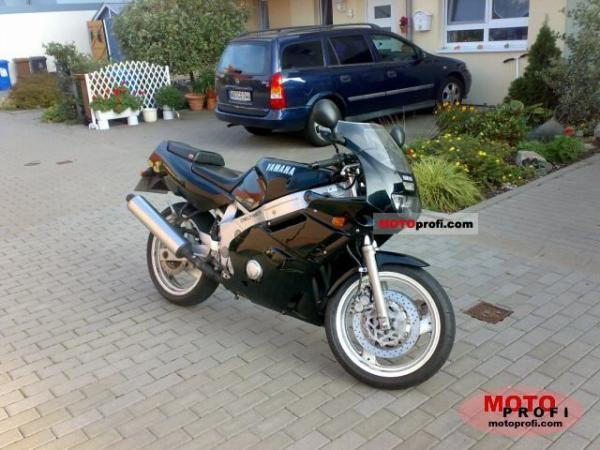 1991 Yamaha FZR 600 (reduced effect)