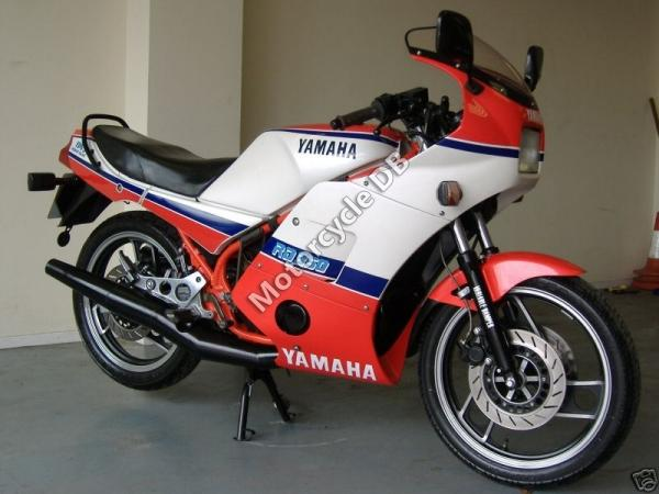 1990 Yamaha RD 350 F (reduced effect)
