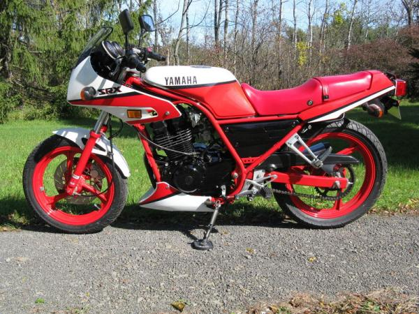 1989 Yamaha RD 350 N (reduced effect)