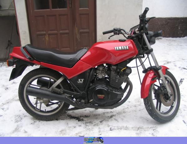1984 Yamaha XS 400 DOHC (reduced effect)