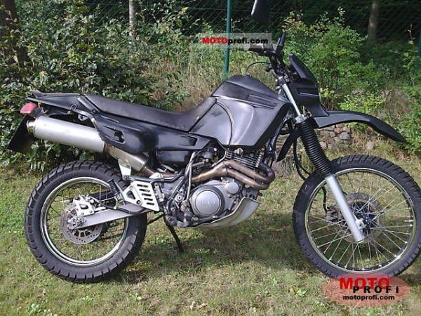 1992 Yamaha XT 600 K (reduced effect)