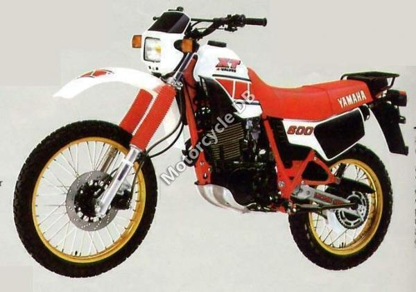 1984 Yamaha XT 600 (reduced effect)