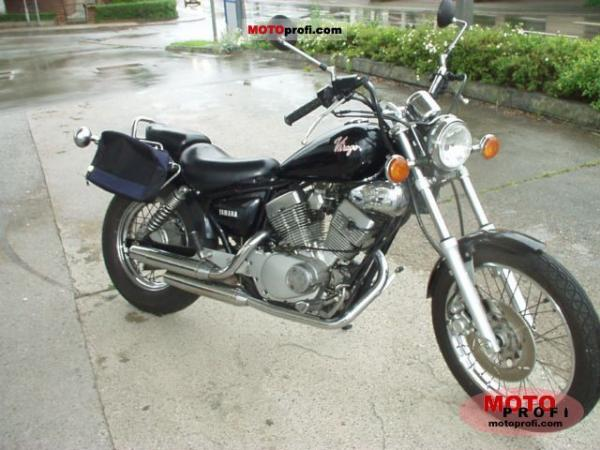 1989 Yamaha XV 250 Virago (reduced effect)