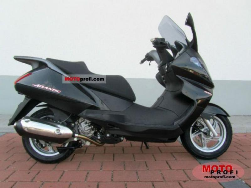 2009 aprilia atlantic 125 i e moto zombdrive com. Black Bedroom Furniture Sets. Home Design Ideas