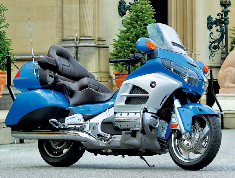2003 honda gl1800 gold wing moto zombdrive com. Black Bedroom Furniture Sets. Home Design Ideas