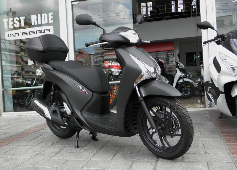 honda honda sh150i sporty moto zombdrive com. Black Bedroom Furniture Sets. Home Design Ideas